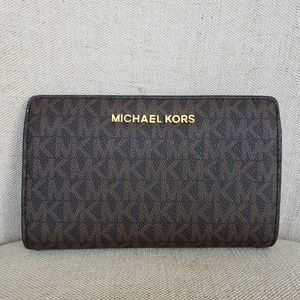NWT Michael Kors Jet Set Slim bifold Wallet Brown